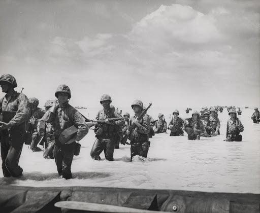 débarquement bataille de tarawa